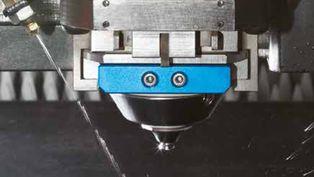 Vstřiknutí oleje - Laser LCG 3015